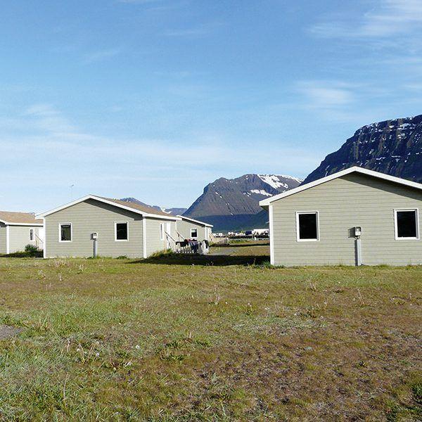 Angelreisen Island 6000 Flateyri Hütten Aussenansicht
