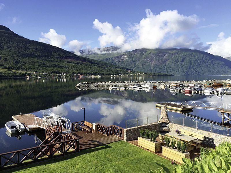 Angelreisen Norwegen 41891-41892 Solstrand Fjord Holiday Panorama