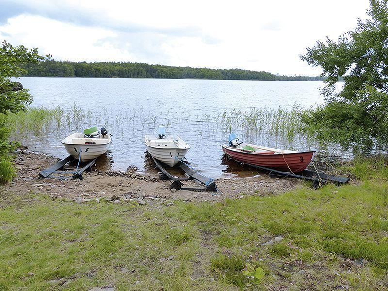 Angelreisen Schweden 7051-7053 Ferienhäuser Urshult See mit Booten