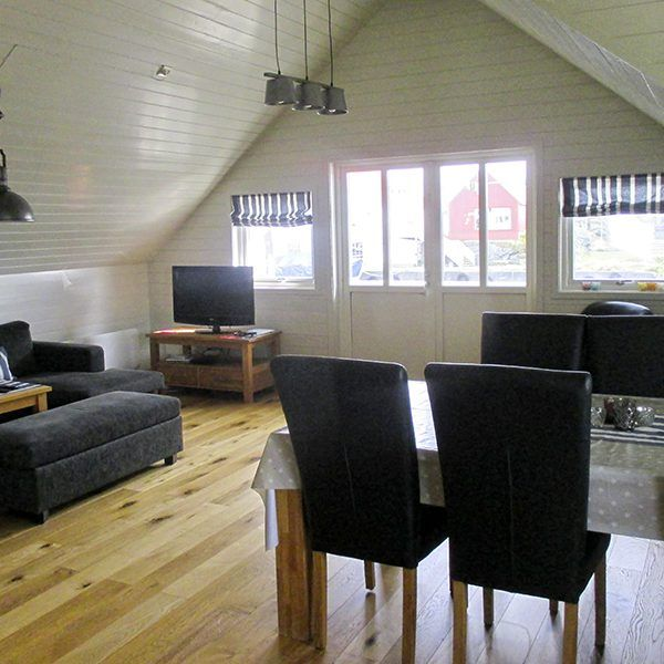 Angelreisen Norwegen 40322 Kvitsøy Wohnen+Essen1