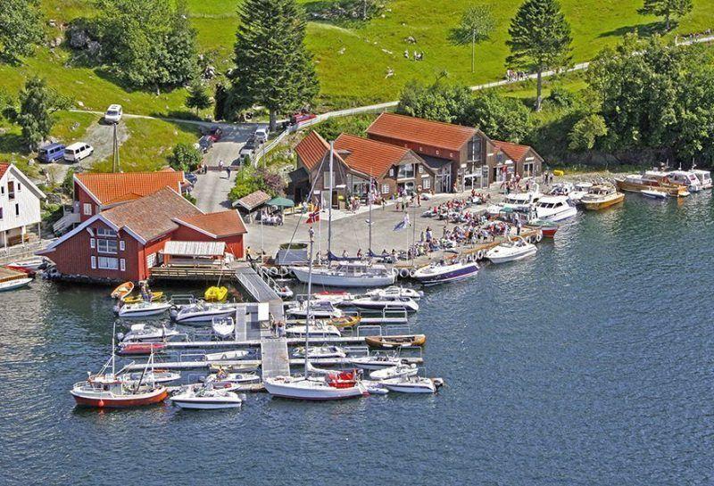 Angelreisen Norwegen 40411-40431 Furre Hytter Hafenansicht