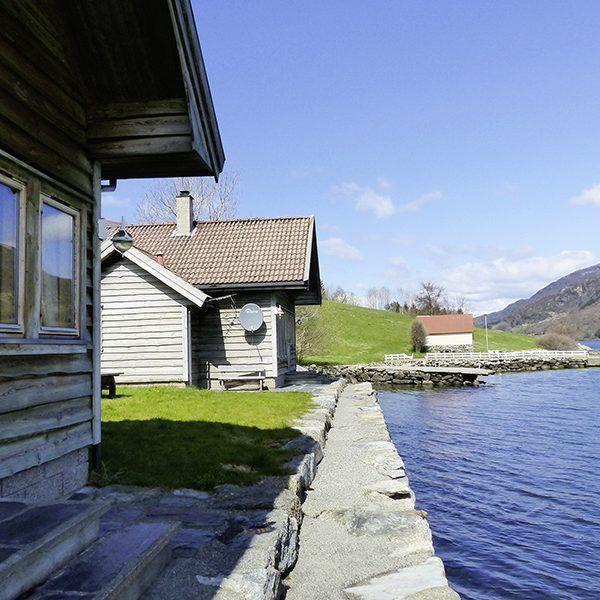 Angelreisen Norwegen 40881-882 Ølensvåg Wasserseite Überblick