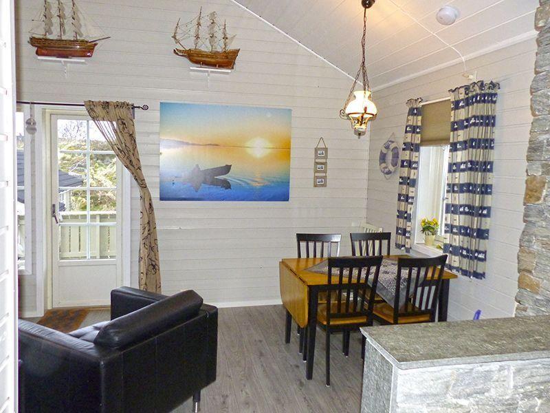 Angelreisen Norwegen 41301-41305 Nordbø Feriehus Wohnen + Essen
