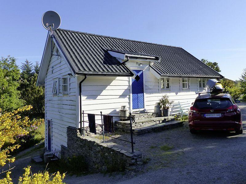 Angelreisen Norwegen 41331-333 Haus Sotra Ansicht