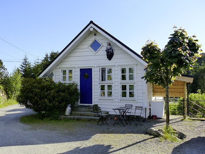 Angelreisen Norwegen 41331 Haus Sotra Ansicht vorn