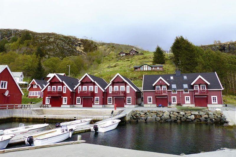 Angelreisen Norwegen 41542-41545 Bakkevik Brygge Ansicht