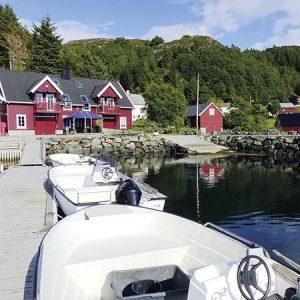 Angelreisen Norwegen 41544-41545 Bakkevik Brygge Ansicht