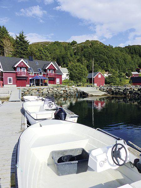 Angelreisen Norwegen 41544-545 Bakkevik Brygge Ansicht