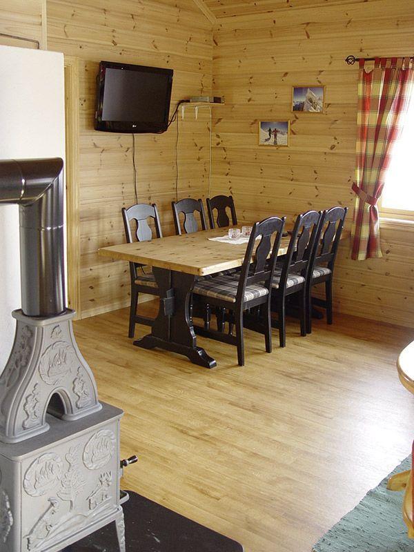 Angelreisen Norwegen 41661-662 Hustadnes Fjordhytter Ofen, Essen