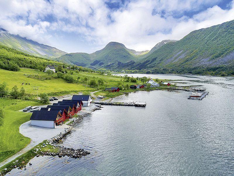 Angelreisen Norwegen 41780-41805 Vestrefjord Panorama