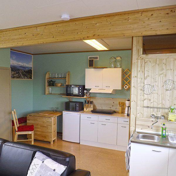 Angelreisen Norwegen 43001-005 Halibutskole Vandve Aufenthaltsraum klein1