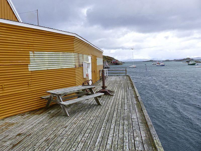 Angelreisen Norwegen 43301-315 Offersøy Feriesenter Filetierhaus außen