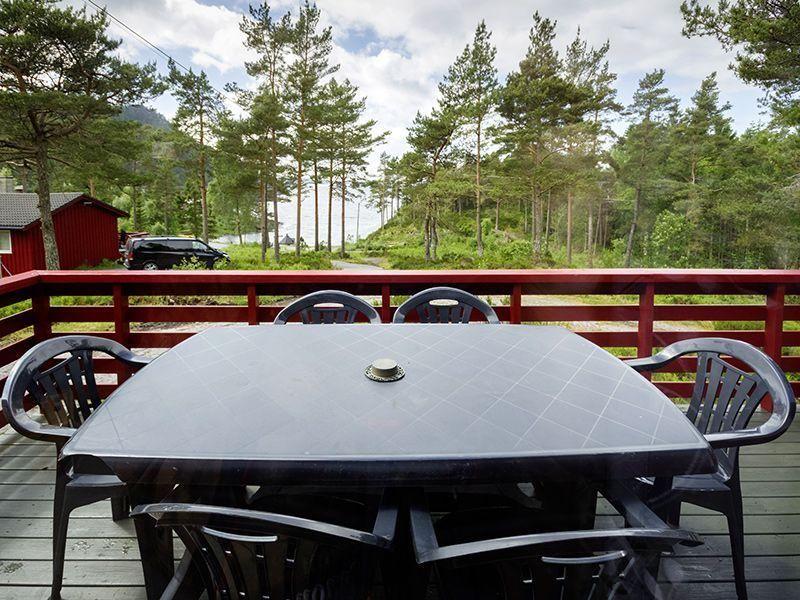 Angelreisen Norwegen 40916 Halsnøy Terrasse
