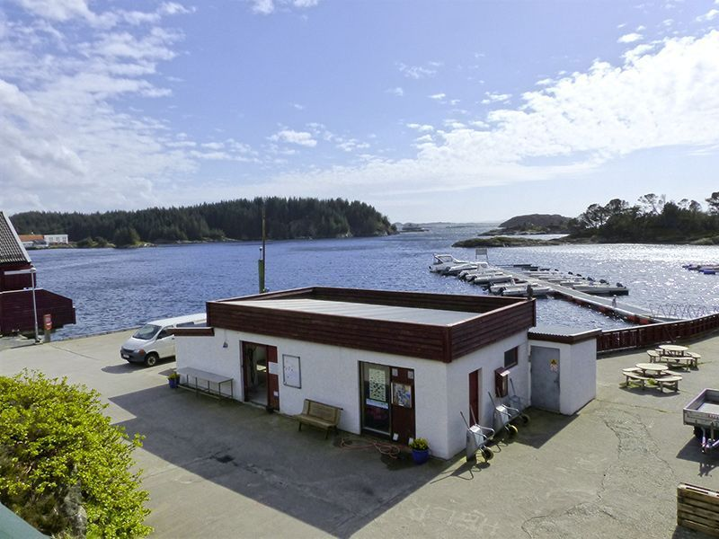Angelreisen Norwegen 41321-329 Kvalheim Filetierhaus + Hafen
