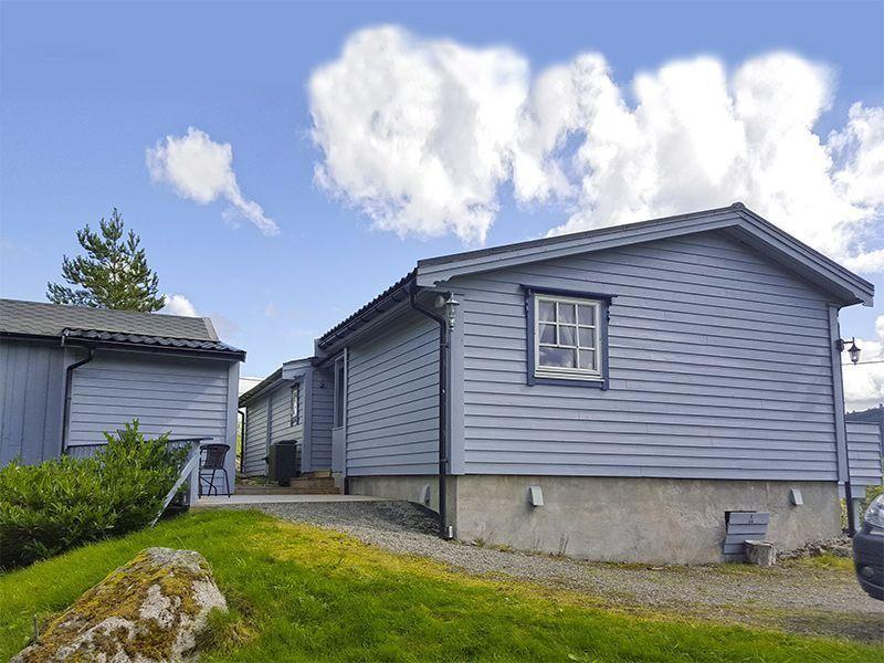 Angelreisen Norwegen 41353 Austgulen Fjordhytter Ansicht mit Annex