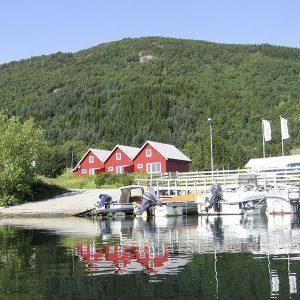 Angelreisen Norwegen 41411-41415 Fjordkick Sørbøvåg Ansicht hinten