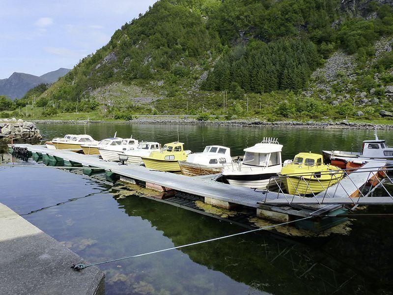 Angelreisen Norwegen 41491-41510 Skottneset Feriesenter Hafen