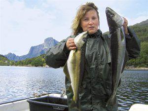 Angelreisen Norwegen 41551-552 Rugsund Pollack