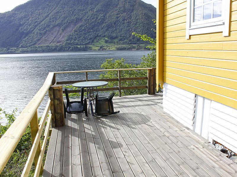Angelreisen Norwegen 41631-632 Nipehyttene Terrasse