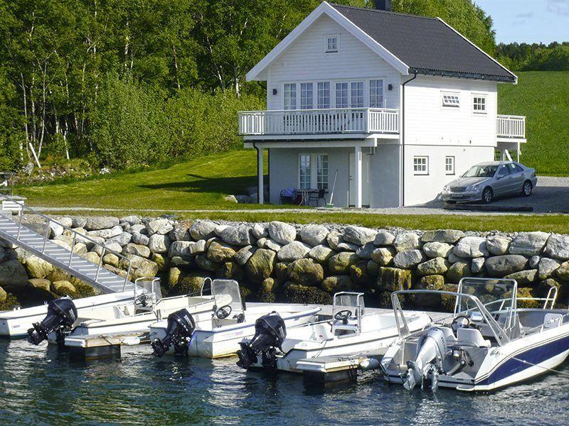 Angelreisen Norwegen 41774 Ferienhäuser Nerås Haus und Hafen
