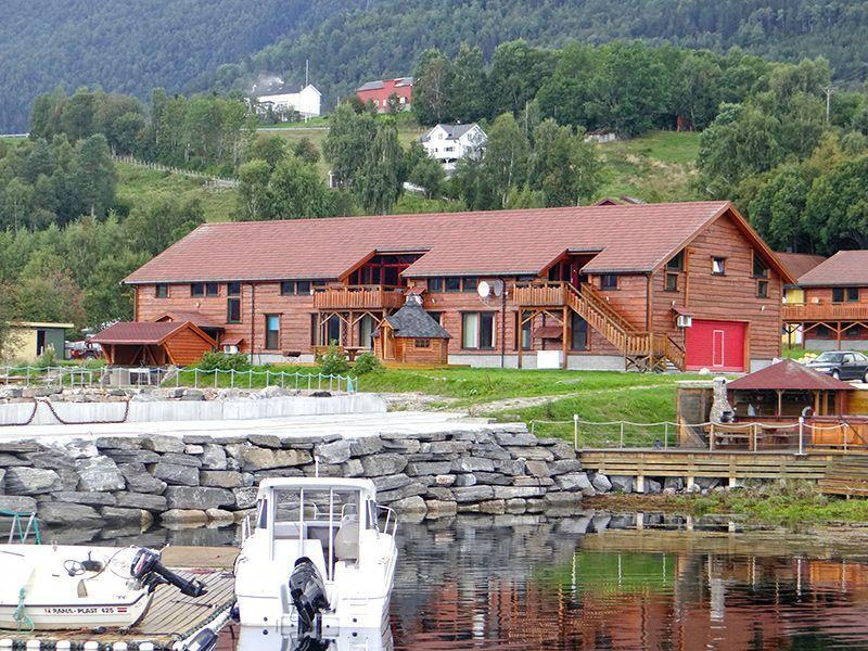 Angelreisen Norwegen 41881-883 Eriks Viking Lodge Ansicht1