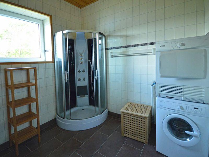 Angelreisen Norwegen 41882 Eriks Viking Lodge Dusche