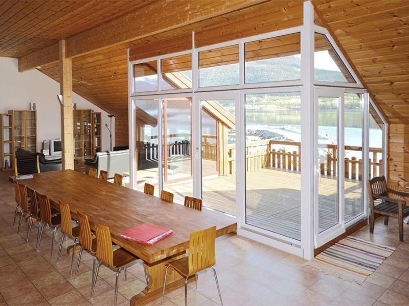 Angelreisen Norwegen 41882 Eriks Viking Lodge Essen + Aussicht