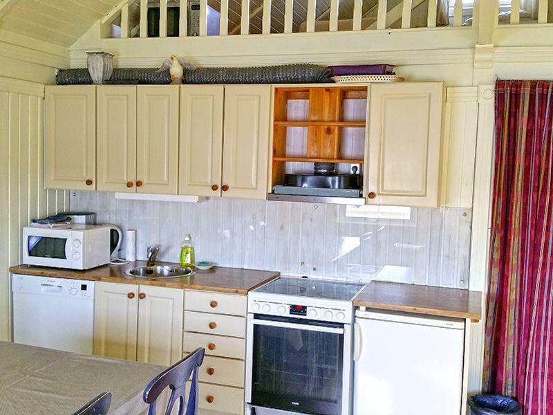 Angelreisen Norwegen 41923-925 Betten Rorbuer Küche