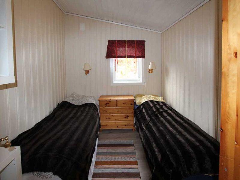 Angelreisen Norwegen 42051 Fjellvær schlafen1