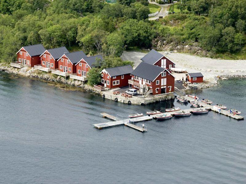 Angelreisen Norwegen 42091-42140 Stadsvik Brygger Luftbild