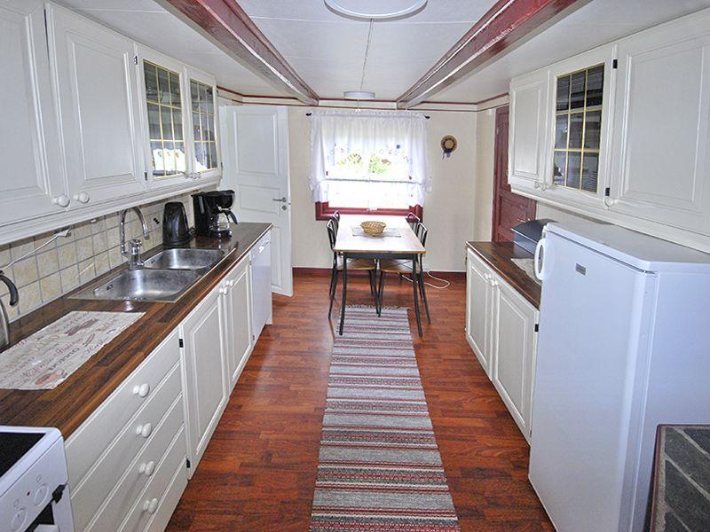 Angelreisen Norwegen 42150 Bua Küche