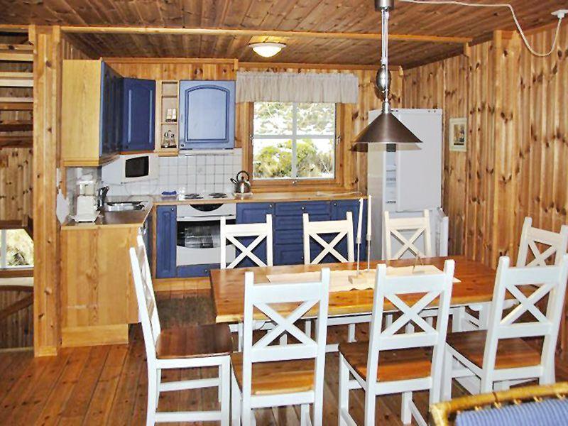Angelreisen Norwegen 42211-215 Angelamfi Küche+essen