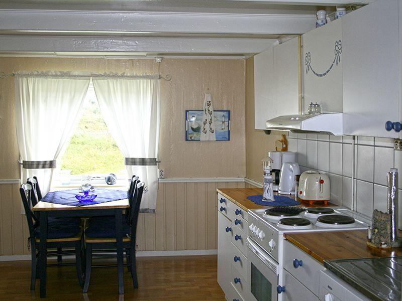 Angelreisen Norwegen 42240 Dolmøy Küche