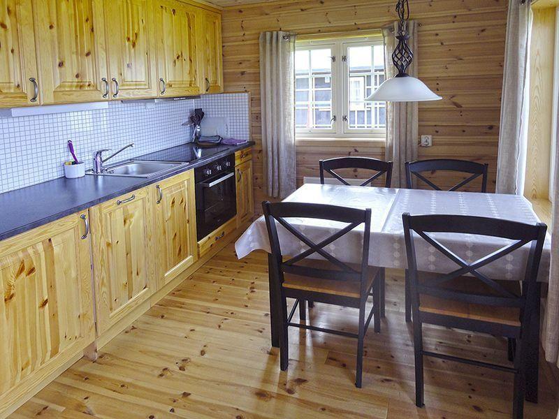 Angelreisen Norwegen 42334-42335 Frosta Fjordbuer Küche