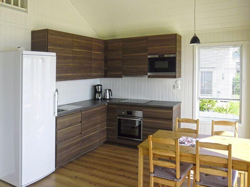 Angelreisen Norwegen 42344-345 Hindrum Fjordsenter Küche+essen