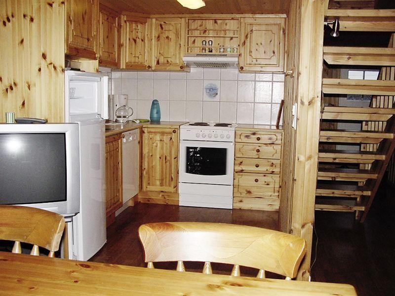 Angelreisen Norwegen 42381-383 Seter Brygge Küche