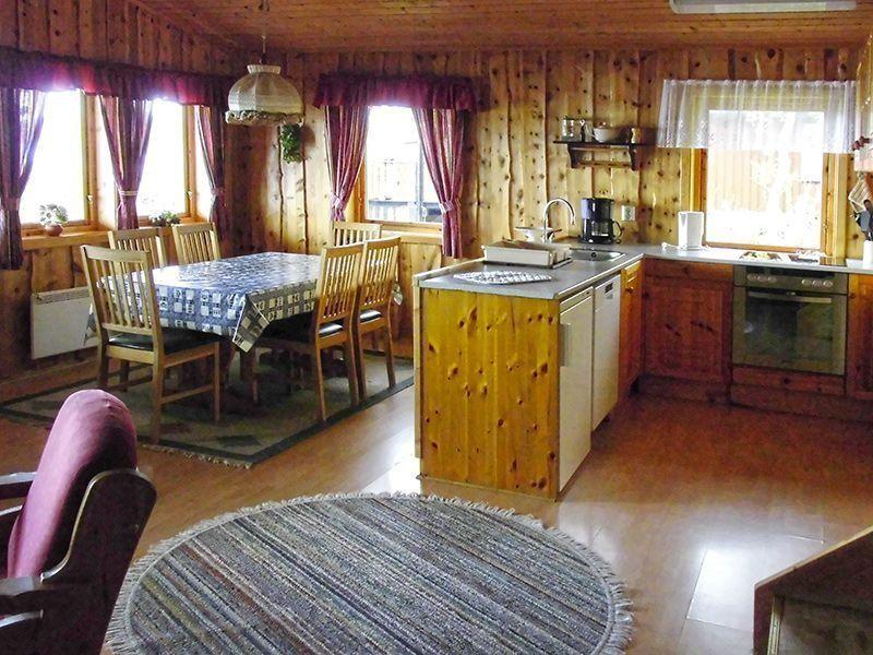 Angelreisen Norwegen 42471 Kvisterø Küche + essen