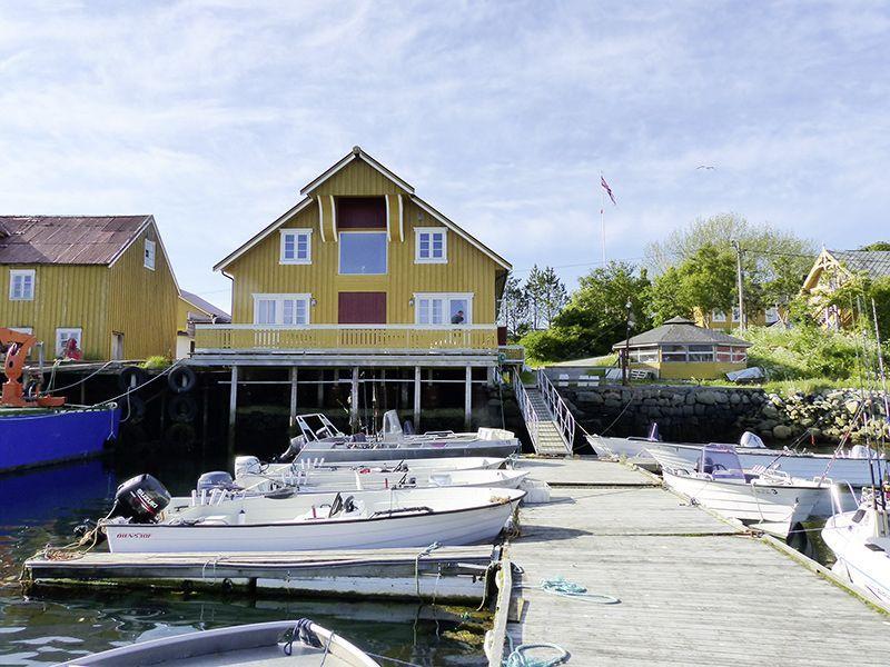 Angelreisen Norwegen 42601-611 Løvøen Gård Hafen