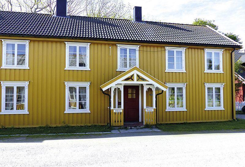 Angelreisen Norwegen 42608-610 Løvøen Gård Ansicht