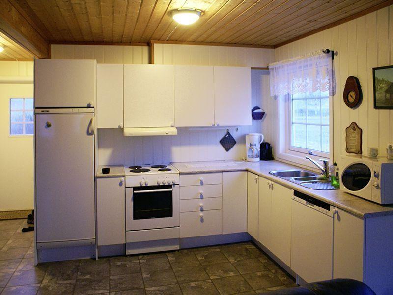 Angelreisen Norwegen 42805 Bogen Feriehus Küche