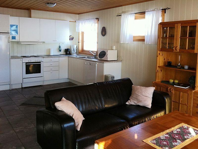 Angelreisen Norwegen 42805 Bogen Feriehus Küche + wohnen