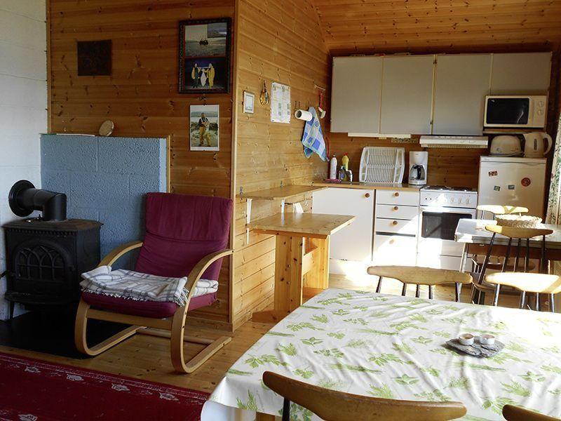 Angelreisen Norwegen 42970 Bjørnvika Natursenter Küche + essen