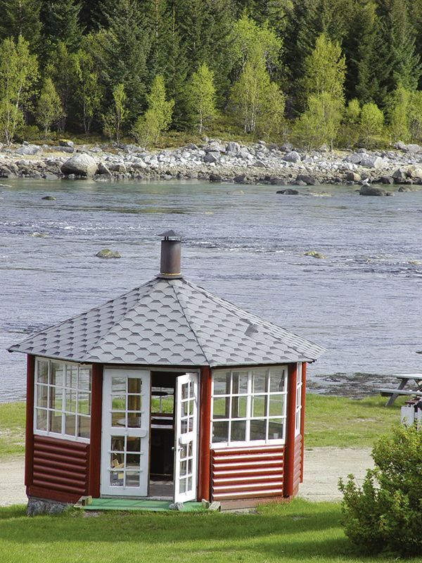 Angelreisen Norwegen 43200-250 Hamarøy Fiskecamp Grillpavillion