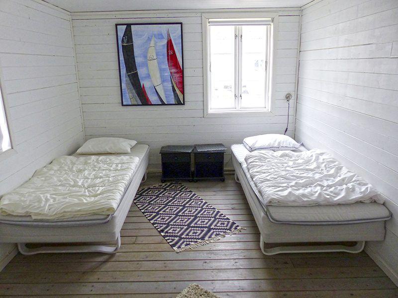 Angelreisen Norwegen 40321 Kvitsøy Seehaus Jone Schlafzimmer