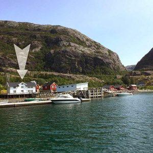 Angelreisen Norwegen 43015-43016 Visthus Rorbuer, kleines Apartment, Ansicht vom Wasser (1)