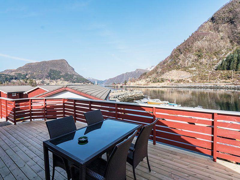 Angelreisen Norwegen 41494 Skottneset Feriesenter Terrasse mit Aussicht