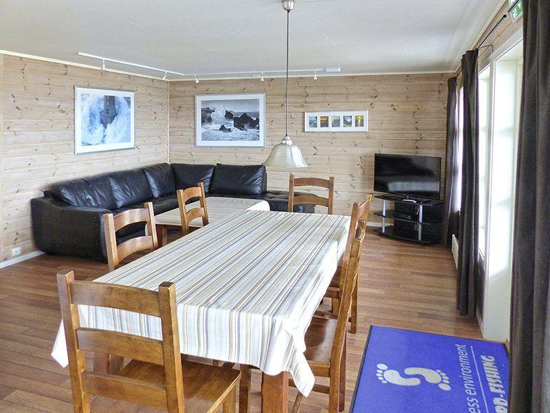 Angelreisen Norwegen 42311-315 Karol's Angelcamp Wohnen + Essen