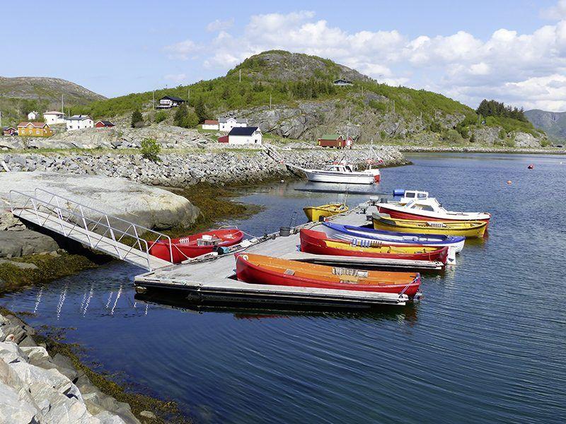 Angelreisen Norwegen 42351-42370 Nesvalen Rorbuer Hafen