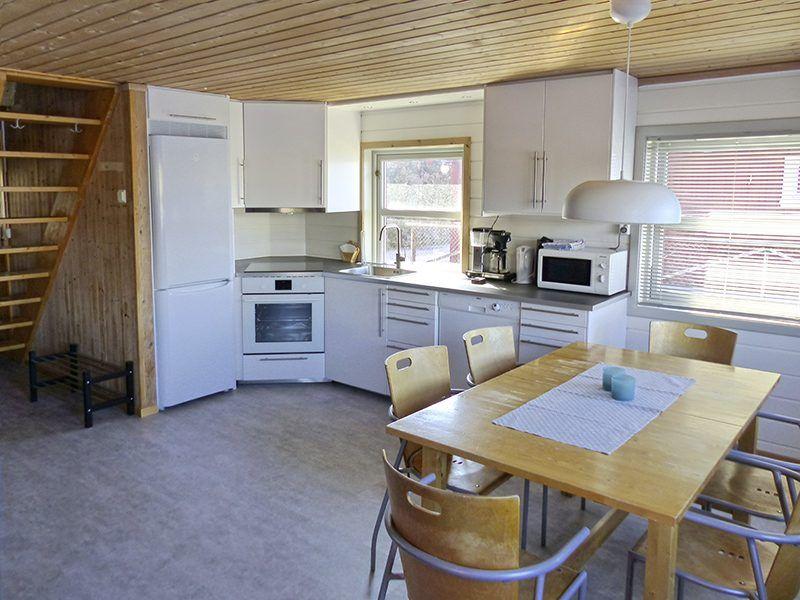 Angelreisen Norwegen 42411-42415 Bessaker Küche + Essen