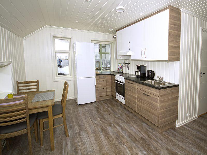 Angelreisen Norwegen 43556-557 Sørheim Brygge Küche